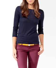 Navy top, Burgundy trousers, Mustard accesories, maybe Leopard shoes - Casual Outfit Fall Outfits, Casual Outfits, Fashion Outfits, Outfit Pantalon Vino, Burgundy Pants Outfit, Colored Pants Outfits, Slacks Outfit, Wine Pants, Look Office