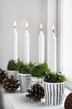 Candle Advent // 33 The Most Alluring DIY Scandinavian Christmas Decoration Ideas Scandinavian Holidays, Scandinavian Christmas Decorations, Xmas Decorations, Scandinavian Style, Nordic Style, German Christmas Decorations, Swedish Style, Scandinavian Interiors, Noel Christmas