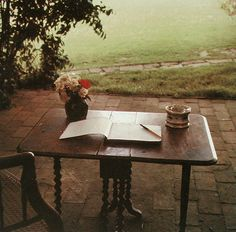 Virginia Woolf&'s writing table at Monk's House, Sussex, England, Photo by Gisele Freund Virginia Woolf, Bloomsbury Group, Room Of One's Own, Writing Table, East Sussex, Female Art, In This Moment, History, Interiors