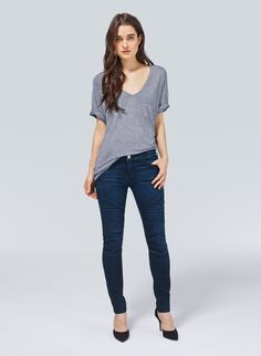 My go to outfit lately.. no skirt/ no dress  Jeans and a V-neck shirt.  Some kind of phase I think.