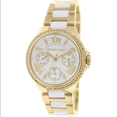 ❤️Michael Kors Savvy NWT gold Quartz watch❤️ ❤️Michael Kors Savvy NWT gold stainless steel quartz watch. Crystal accents all around the face and between the Roman numerals.  Water resistant to 100m. ❤️ MICHAEL Michael Kors Accessories Watches