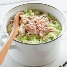 Stamppot - replace cabbage with sauerkraut and then add turkey for a healthier (and UC-friendly) meat option Enjoy Your Meal, I Want Food, Food Porn, Good Food, Yummy Food, Cooking Recipes, Healthy Recipes, Happy Foods, Comfort Food