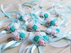 Bracelet Corsage, Flower Bracelet, Rajputi Dress, Marie, Wedding Flowers, Projects To Try, Wedding Decorations, Bouquet, Rose