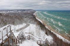 """""""Inspiration Point"""" Bluff overlooking Lake Michigan and the little town of Arcadia, Michigan, USA"""