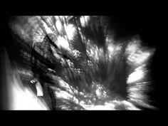 """Inside an Object 01. 1 und 1 = Unendlich  Aus der Serie """"Licht Zeichnungen"""" 2011 - 2012    Lichtzeichnungen, Variable Videoprojektionen    Konzept, Produktion, Video und Audio: Markus Wintersberger  Choreografisches Konzept, Tanz: Andrea Nagl"""