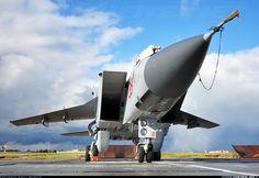"Mikoyan-Gurevich MiG-31BM RF-90902 / 38 RED MiG-31BM ""Nikolay Klepikov"""