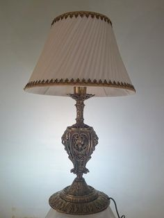 antika masa lambası toptan ve perakende satışımız vardır ARŞ AVİZE
