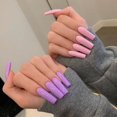 Are you looking for nail ideas to change your monotonous fingers? So, you are in the right place to check out our most popular coffin nails gallery for You will fall in love with these talented nail ideas. Glamour Nails, Classy Nails, Stylish Nails, Simple Nails, Trendy Nails, Summer Acrylic Nails, Best Acrylic Nails, Acrylic Nail Designs, Square Acrylic Nails