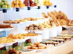 The price of a buffet can influence how good you think the food is! Learn why.
