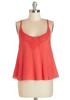 Story Swap Top. You sure had an adventurous day, toe-dipping and wildflower-picking in this rich-coral tank top - now rehash over lemonade with your bestie. #coralNaN