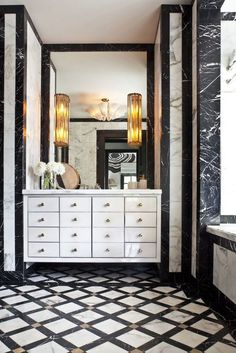 How to Style your Bathroom like Kelly Wearstler