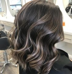 Short sassy and classy! Colourist @dvcolour @diana_vivi Stylist @justcanthairenough Brunette Balayage in mid length hair