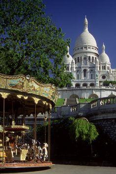 France - Paris - Montmartre Carousel |