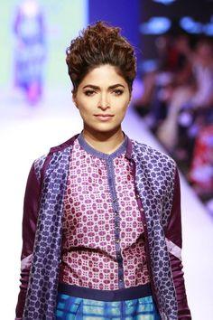 #Fashion #Runway #FashionWeek #Style  #Preppy #Makeup #Dress #Purple #Prints
