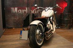 Roots Classic Bikes - Kawasaki VN 800 Classic Bobber Umbau zu verkaufen
