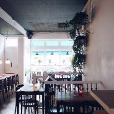 Falafel & Beer | Hotspot | Nieuw in West | Bar Kauffmann | Amsterdam - Instagram Blogger