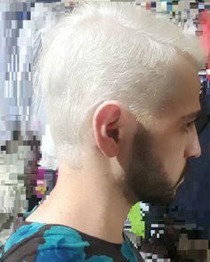 """""""Y si estoy loco es cosa mía #Selfie #NewLook #WhiteHair #Profile #Selfienation #Beard #Guy #HairStyle #HairColor #Schwarzkopf #SuperBlonde #CoolHair…"""""""