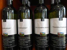 Vinárstvo Miroslav Dudo. - www.vinopredaj.sk ..... Určite ochutnajte DUNAJ 2014 ..... Chlipnete si z neho a budete omámený jeho vyhľadom vôňou a chuťou, jeho výbušnosťou, jeho telom i čistou dušou. #dunaj #vinodunaj #dudo #vinarstvodudo #vino #wine #wein #rulandskesede #chardonnay #veltlinskezelene #cabernetsauvignon #mozebyt #miroslavduso #inmedio #vinoteka #delishop #deliaktesy #neskoryzber #tovar #rulandskemodre #malekarpaty