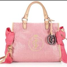 I love this juicy couture purse