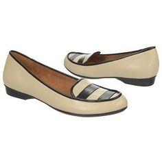 Naturalizer Simone Shoe