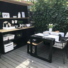 Outside Patio, Outside Living, Back Patio, Outdoor Living, Garden Yard Ideas, Backyard Projects, Outdoor Kitchen Design, Kitchen Decor, Modern Pergola