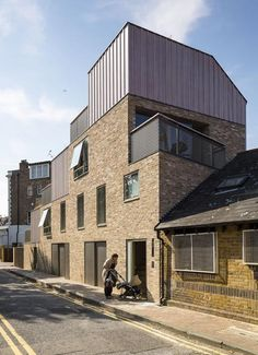 Annalie Riches and David Mikhail are landlord, developer and architect on this scheme of four high quality units in the London Borough of Hackney. Timber Architecture, Industrial Architecture, Residential Architecture, Architecture Design, Co Housing, Social Housing, Mansard Roof, Roof Extension, London House