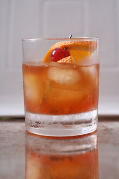 Classic Cocktail How To: Make a Perfect Old Fashioned   Man Made DIY   Crafts for Men   Keywords: recipe, bourbon, fashion, old
