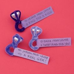 candy kiss and pipe cleaner ring - cute! great for valentine's day treats at school!