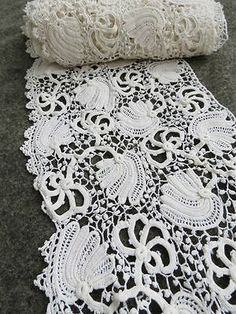"3 yards Antique VICTORIAN HANDMADE IRISH CROCHET LACE TRIM 6.5"" W floral bridal in Antiques, Linens & Textiles (Pre-1930), Lace, Crochet & Doilies | eBay"