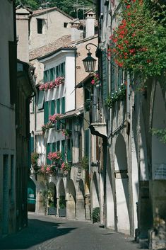 Asolo (Tv), Centro storico, Portici.