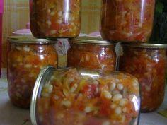 2,5 кг. помидор, 1 кг. моркови на крупной терке, 1кг. болгарского перца, 0,5кг. репчатого лука нарезать колечками, 1 стакан растительного м...