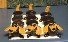 Doxie Cupcakes