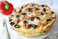 Retete Culinare - Budinca cu paste, branza si ton