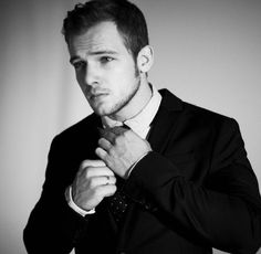 Oh Yeah! Max Thieriot