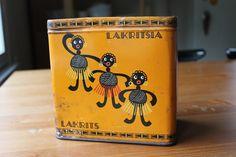 Hanko licorice box, vintage treasures from Melkein Tavallista
