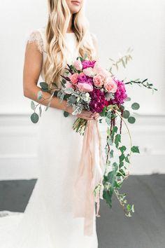 Bridal bouquet | Wedding & Party Ideas | 100 Layer Cake