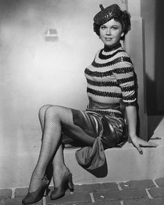 Doris Day as a brunette.  I never saw this picture before.