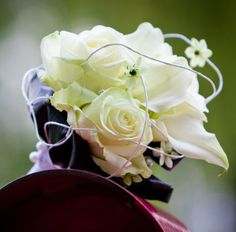Bruidsboeket rozen wit subtiel ... c Rose, Flowers, Plants, Wedding, Accessories, Valentines Day Weddings, Pink, Plant, Roses
