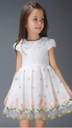 Gowns For Girls, Frocks For Girls, Cute Girl Outfits, Girls Party Dress, Little Dresses, Little Girl Dresses, Flower Dresses, Pretty Dresses, Kids Outfits