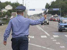 ПДД, как известно, писаны кровью, однако большая часть водителей выполняет лишь те пункты из них, за нарушение которых «светит» серьезное наказание.