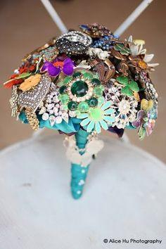 Bouquet de Broches... com toda certeza no meu casamento vai ter um desses, esse é um bouquet pra toda vida