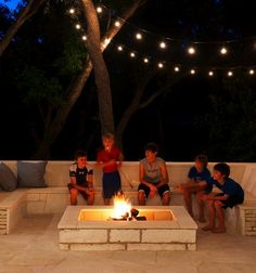 10 Neat Simple Ideas: Fire Pit Decor How To Make fire pit backyard inground.Fire Pit Propane Outdoor Fireplaces fire pit lighting back yard.Fire Pit Decor How To Make. Fire Pit Seating, Built In Seating, Outdoor Seating, Outdoor Rooms, Outdoor Living, Outdoor Decor, Outdoor Couch, Outdoor Photos, Garden Seating
