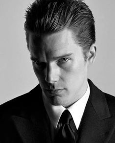 White Man, Black And White, Ethan Hawke, Dead Poets Society, First Crush, Male Eyes, Fashion Photography Inspiration, Dream Guy, In This World