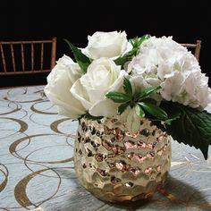 #c2mdesigns #floral #floraldesign #centerpiece #event #fundraiser #bestbuddieschallenge #teamtombrady #harvard #gordontrack #boston #gold #metallic #white #hydrangea #roses #lilies #contemporary #elegance #style #formal #designsthatrock #likeC2MdesignsFacebook Designer: #christinemccaffery