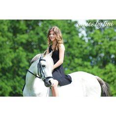 Instagram media by pics.by.tini - Summer 2016 🌞 . @susigrochowina & Tiffy 💕 . #pferd#pferde#pony#ponies#horse#horses#caballo#reiten#reiterin#mädchen#girl#reiten#springen#showjumping#dressur#dressage#gelände#eventing#vielseitigkeit#summer#sommer#instapferd#instahorse#horsesofinstagram#picoftheday