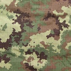 Introduced in this has been the general use pattern since then. Military Camouflage, Army Camo, Airsoft, Camouflage Wallpaper, Army Times, Army Look, Camouflage Patterns, Sketchbooks, Print Design