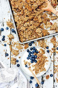 Maple Pecan Quinoa Granola | www.floatingkitchen.net