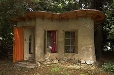 I'm totally into the micro house movement. Love this Hobbit-style version at Stanley Park, British Columbia. [www.emailvariety.com]