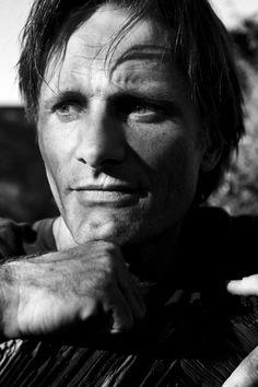 Angie. Viggo Mortensen