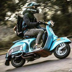 Vespa Gts, Moto Vespa, Vespa Motorcycle, Vespa Bike, Vespa Sprint, Lambretta Scooter, Piaggio Vespa, Retro Scooter, Scooter Girl